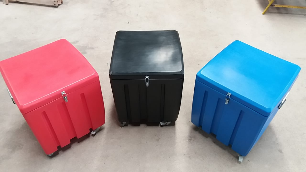 Caixas multiuso transportáveis 1